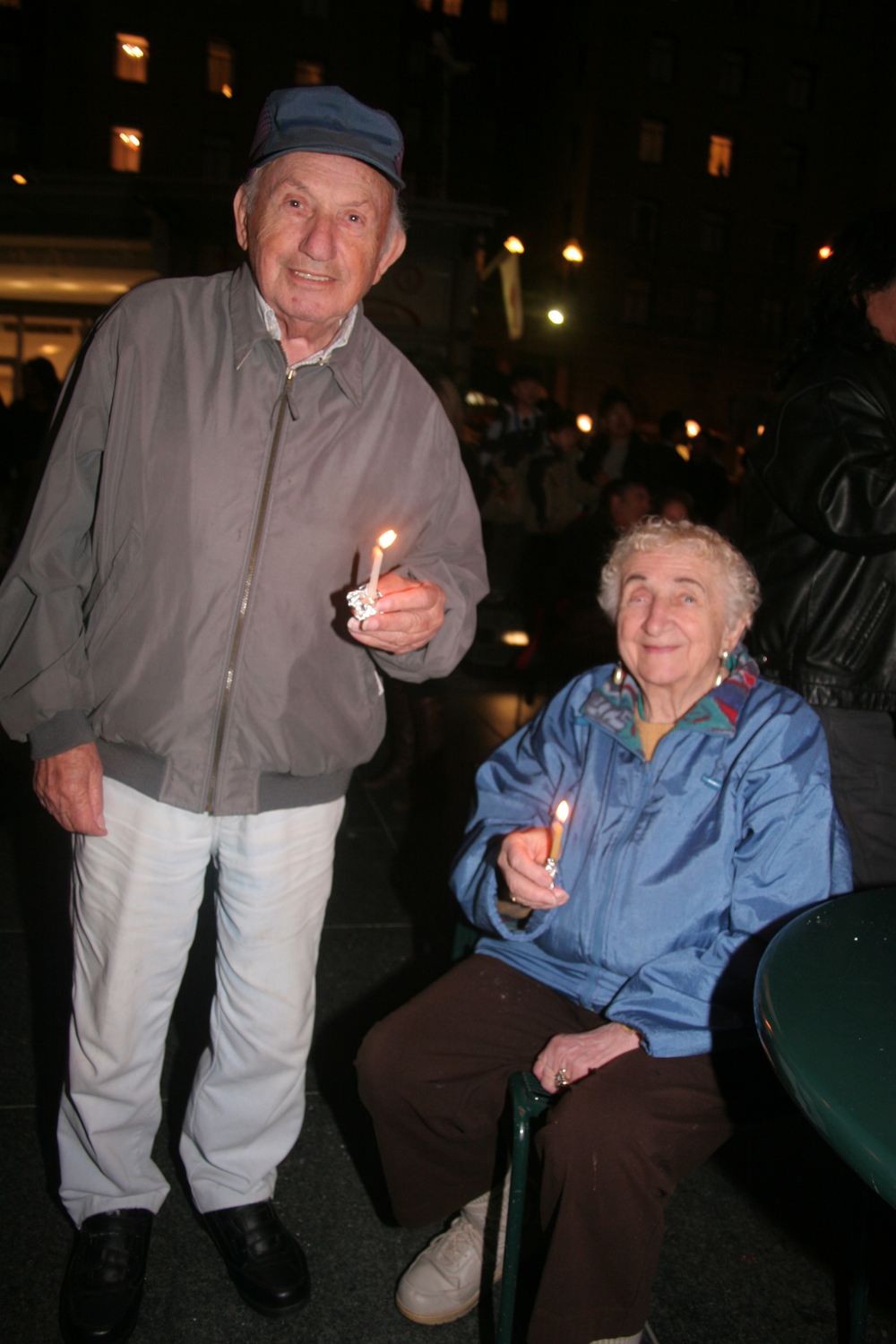 Menorah Lighting 2012 1381.jpg