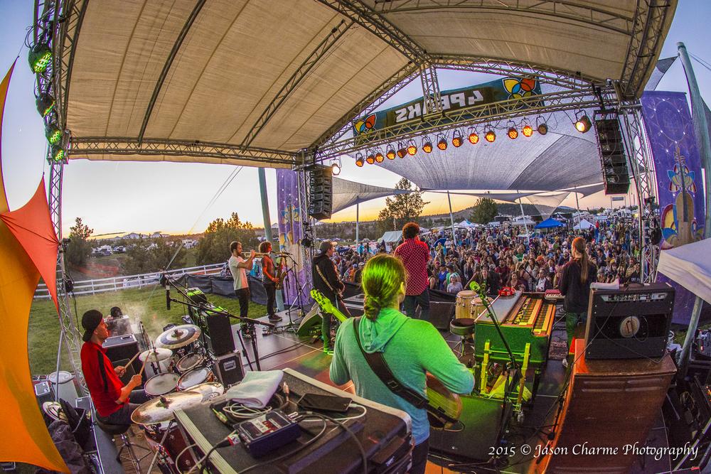 4 Peaks Music Festival Stage