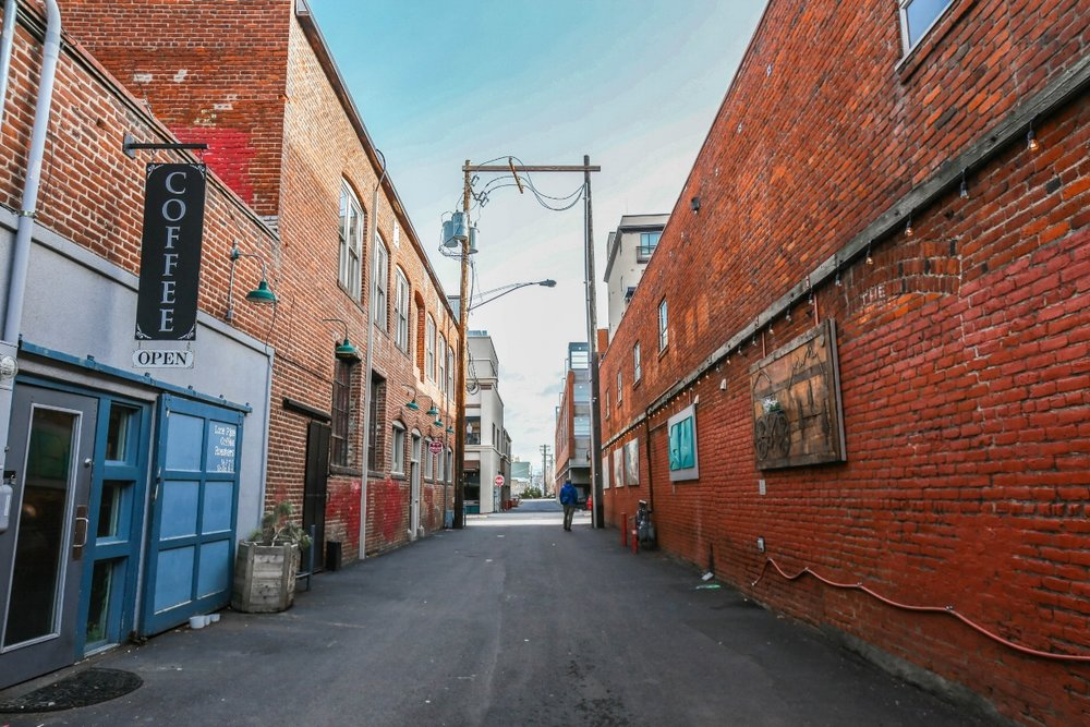 Downtown-Bend-Oregon-Alley