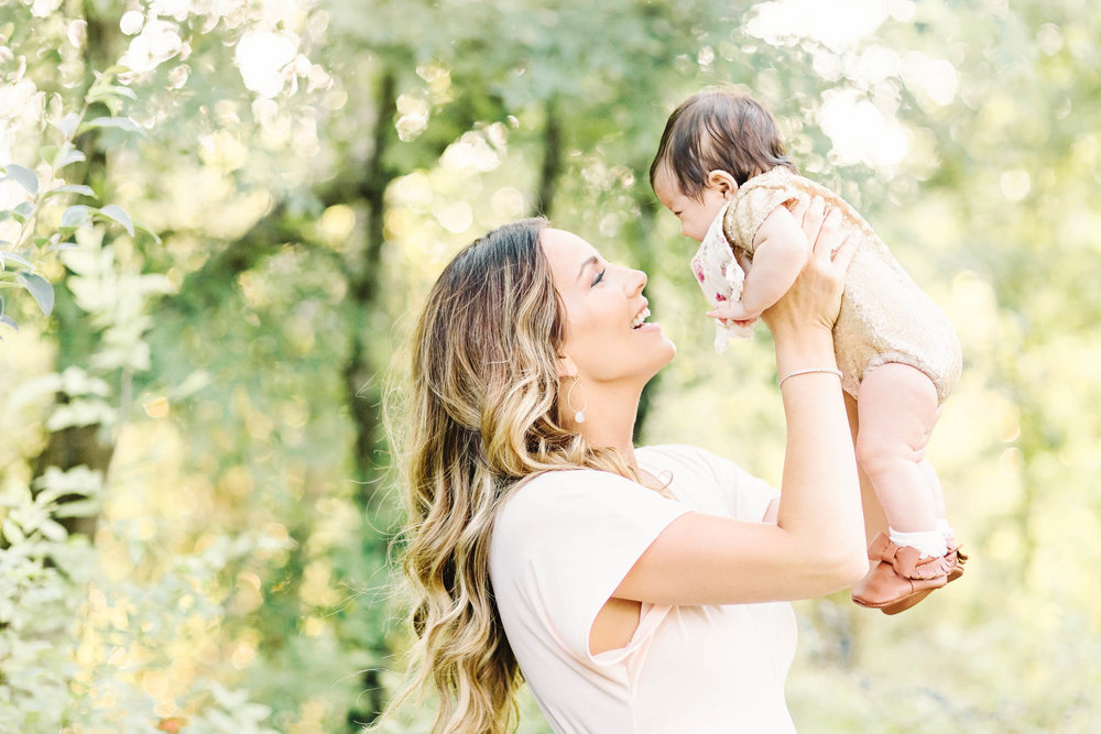 Cassie Schott Photography_Houston Baby and Family Photographer_Motherhood.jpg