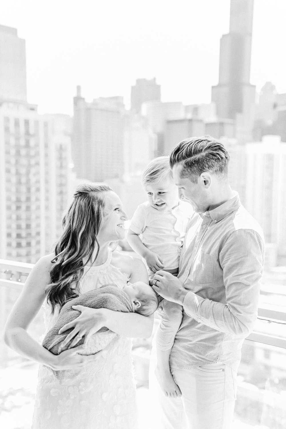 Cassie Schott Photography_Chicago Lifestyle Newborn Session_6.jpg