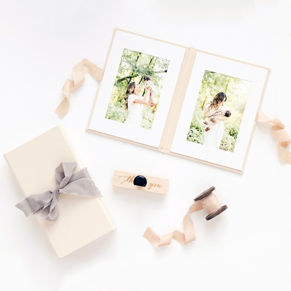 Cassie Schott Photography_Products_Image Folio_Print Box.jpg