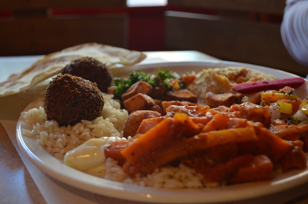 The falafel plate at Bashir