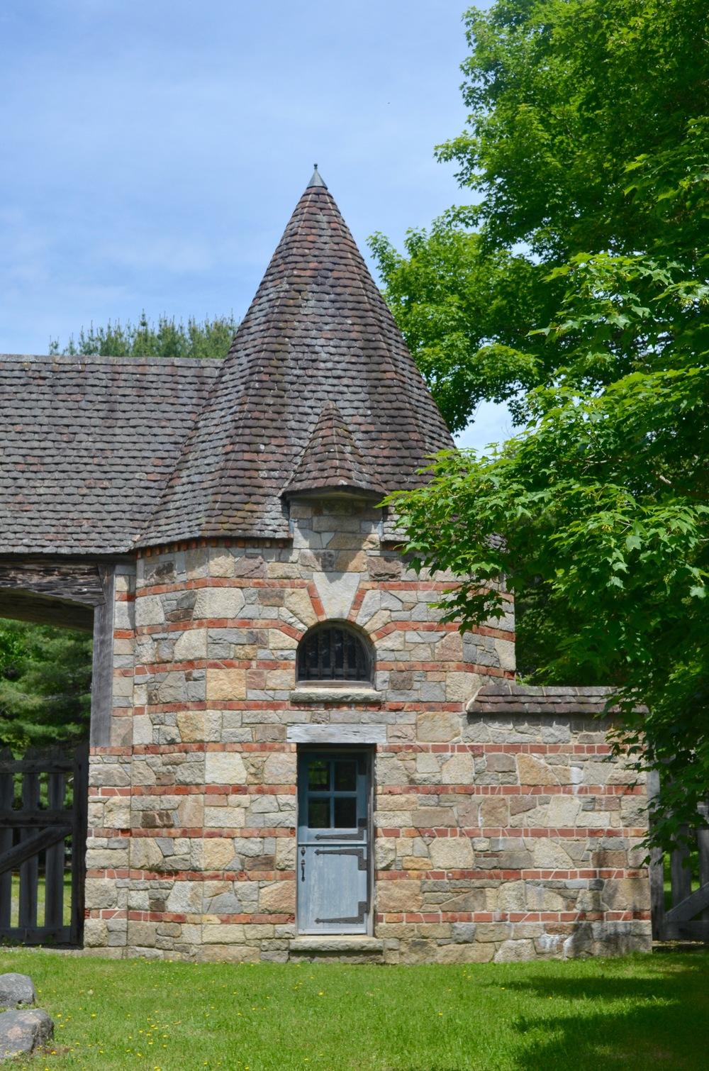 Jordan Pond Gate Lodge
