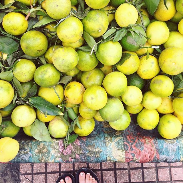 soon I'll be known around the medina as the crazy girl who can't stop photographing fruit