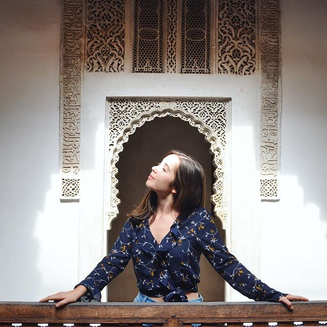 contemplating whether Morocco is real or just a very vivid dream . . . . . #girlsvsglobe #shewantsadventure #flashesofdelight #marrakeshstyle #moroccogram #iesabroad #iesabroadrabat #dooroftheday #islamicarchitecture #discovermorocco
