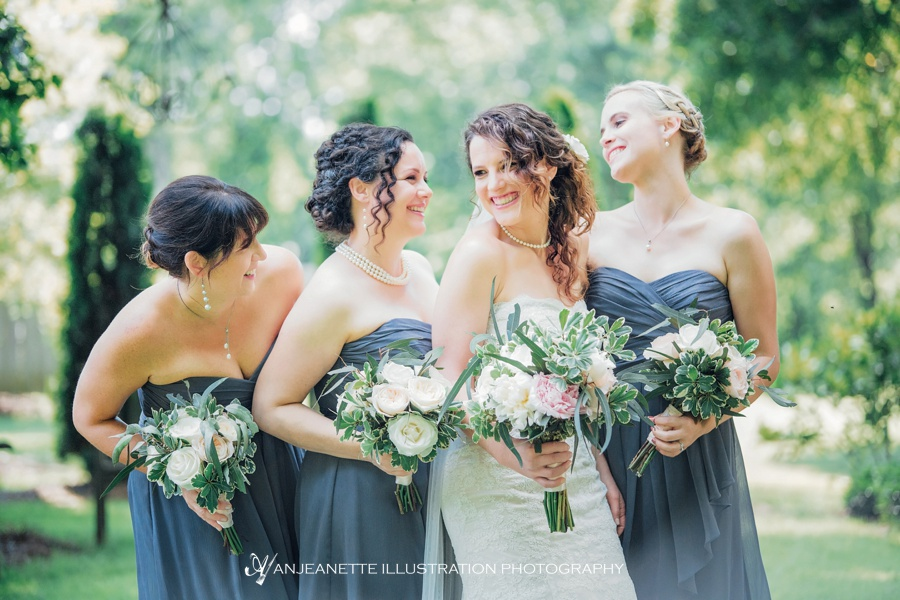 Greenhouse wedding at long hollow gardens | Nashville Artistic Wedding Photographer | Anjeanette Illustration Photography