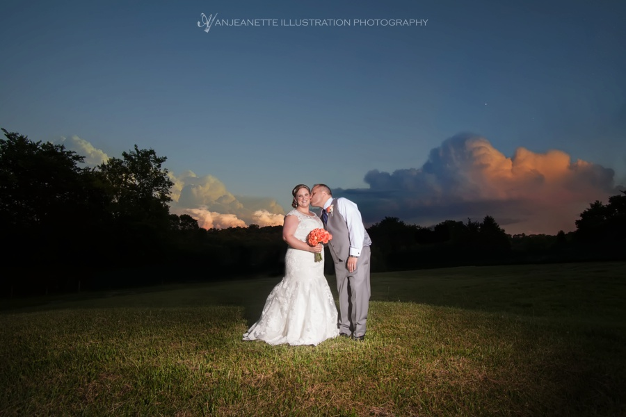 Hendersonville Tn Barn Wedding at The Barn on Willis Branch Road Anjeanette Illustration Photography