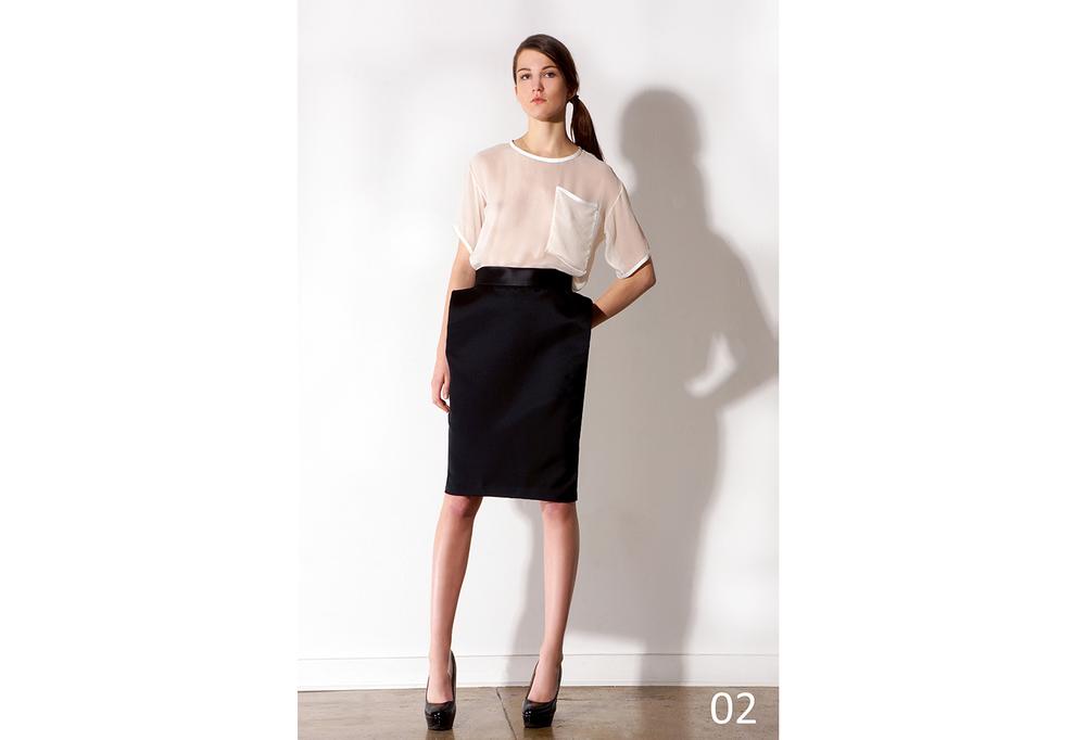 02 Ivory silk tee & Pleated hip duchess satin skirt_KJ0716TW005.jpg