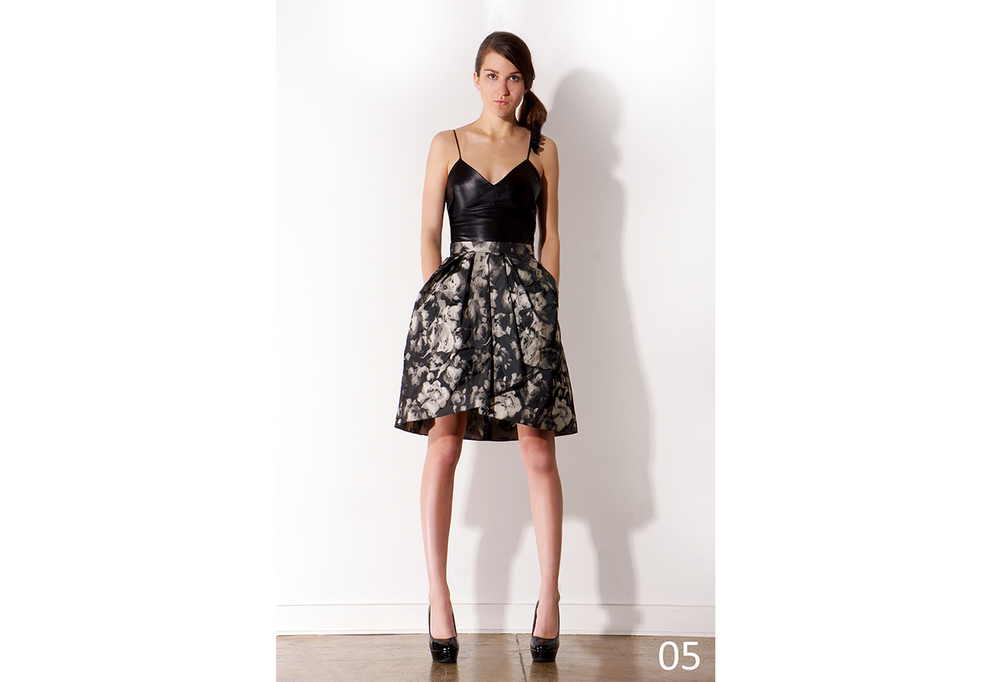 05 Black exposed darts camisole w-accordion shoulder & Pleated floral taffeta skirt_KJ0716SW001.jpg