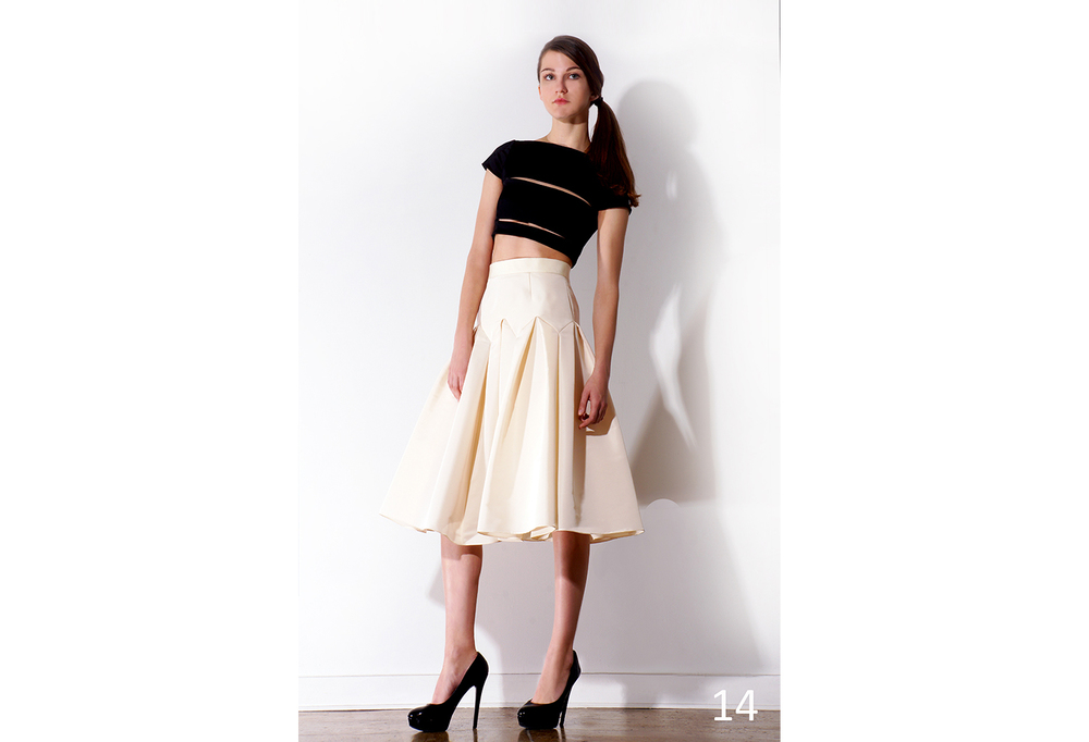 14 Cut out cropped top w-cap sleeve (ivory-black) & Pleated Faille Skirt_KJ0716SW007.jpg