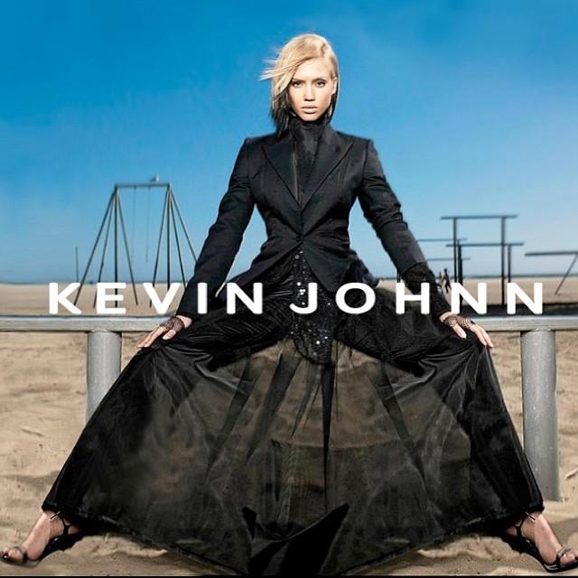 JESSICA ALBA rEPRESENTING KEVIN JOHNN @JESSICAALBA  #kevinjohnn #jessicaalba #venicebeach #New