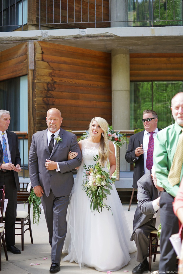 Snowbird_Cliff_Lodge_Wedding_Utah_Photographer_0043.jpg