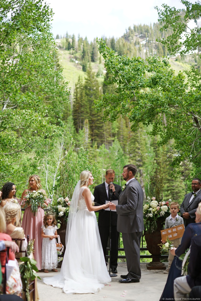 Snowbird_Cliff_Lodge_Wedding_Utah_Photographer_0045.jpg