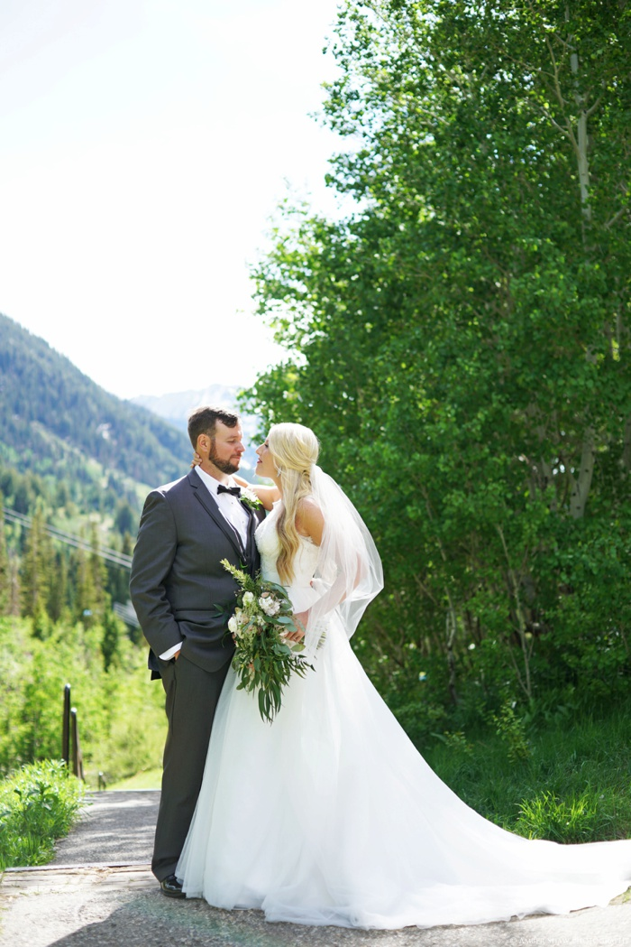 Snowbird_Cliff_Lodge_Wedding_Utah_Photographer_0057.jpg