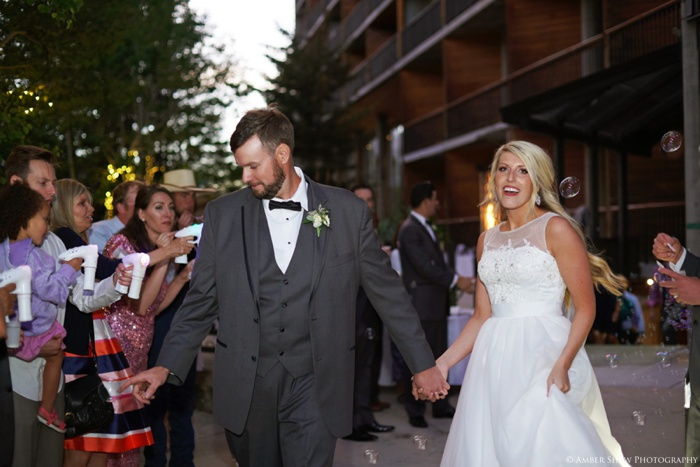 Snowbird_Cliff_Lodge_Wedding_Utah_Photographer_0125.jpg
