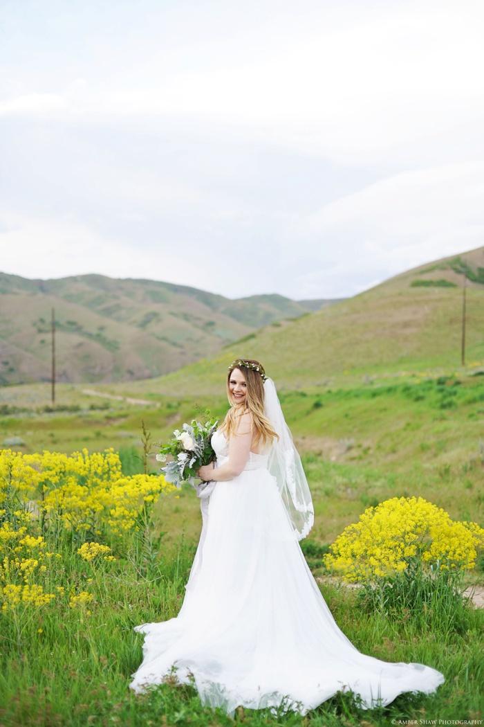 Wildflower Bridal_Session_Utah_Wedding_Photographer_0010.jpg