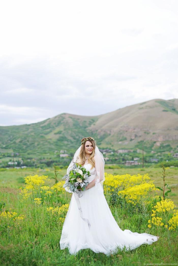 Wildflower Bridal_Session_Utah_Wedding_Photographer_0013.jpg