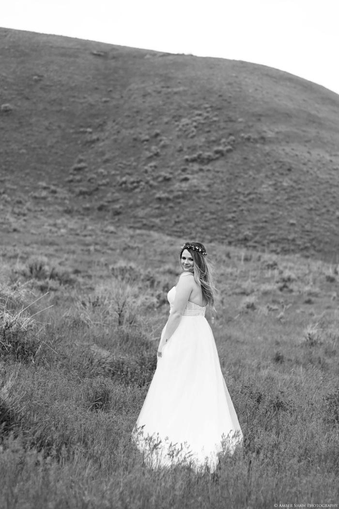 Wildflower Bridal_Session_Utah_Wedding_Photographer_0015.jpg