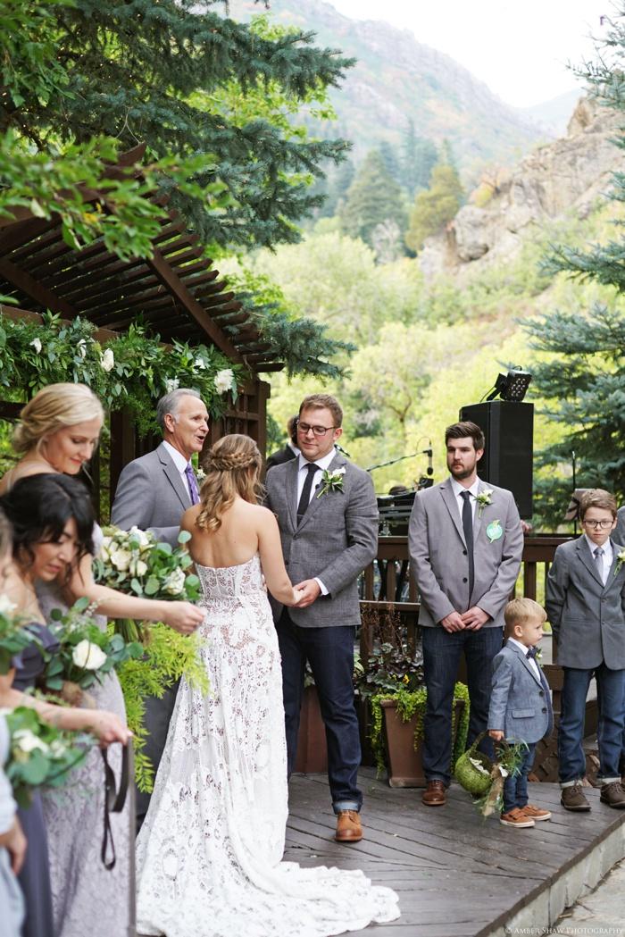 Millcreek_Inn_Utah_Wedding_Photographer_0036.jpg