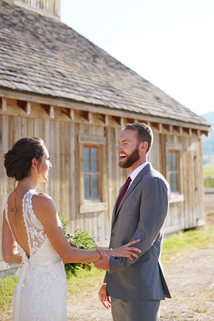 Barn_Nature_Bridal_Groomal_First_Look_Utah_Wedding_Photographer_0003.jpg