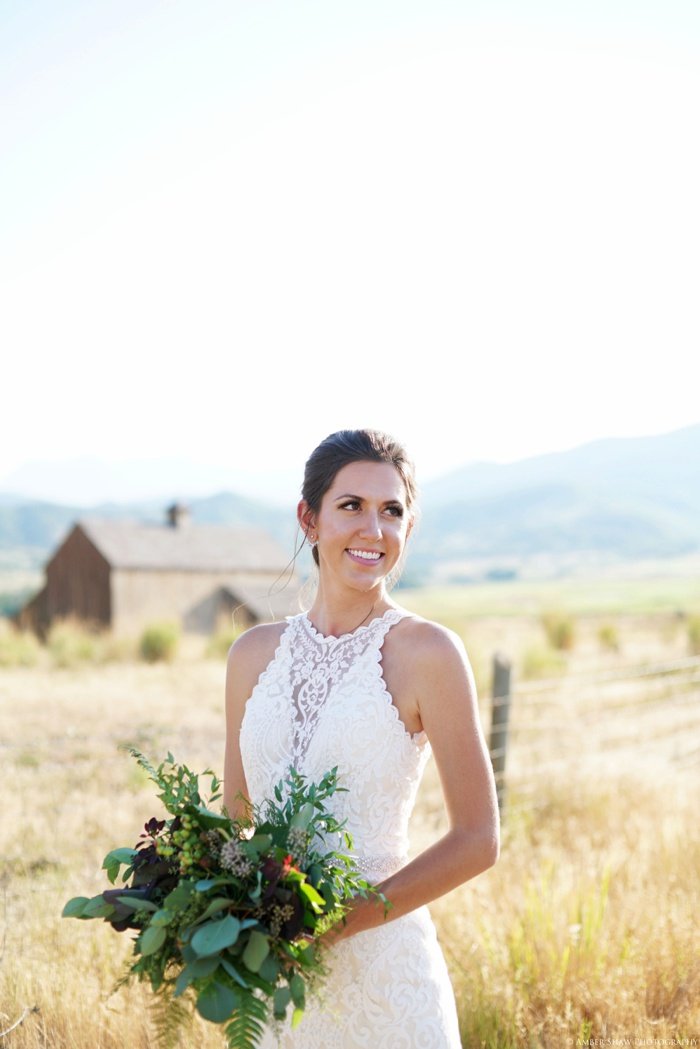Barn_Nature_Bridal_Groomal_First_Look_Utah_Wedding_Photographer_0013.jpg