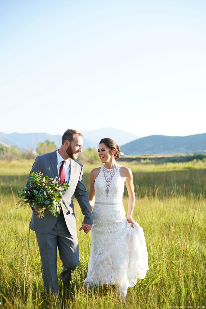 Barn_Nature_Bridal_Groomal_First_Look_Utah_Wedding_Photographer_0018.jpg