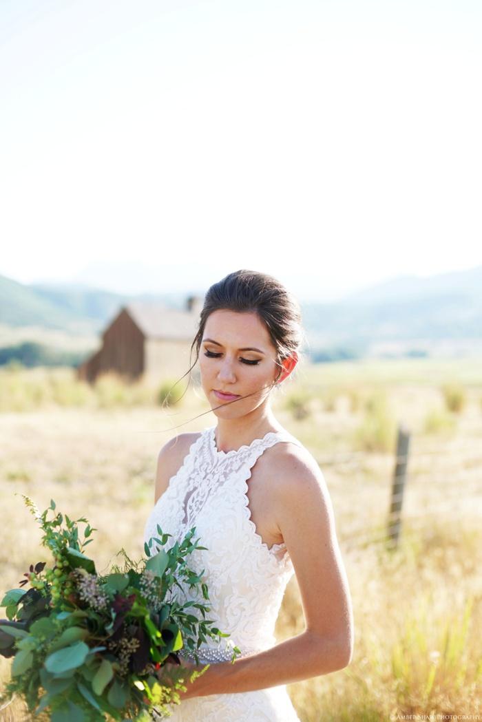 Barn_Nature_Bridal_Groomal_First_Look_Utah_Wedding_Photographer_0020.jpg
