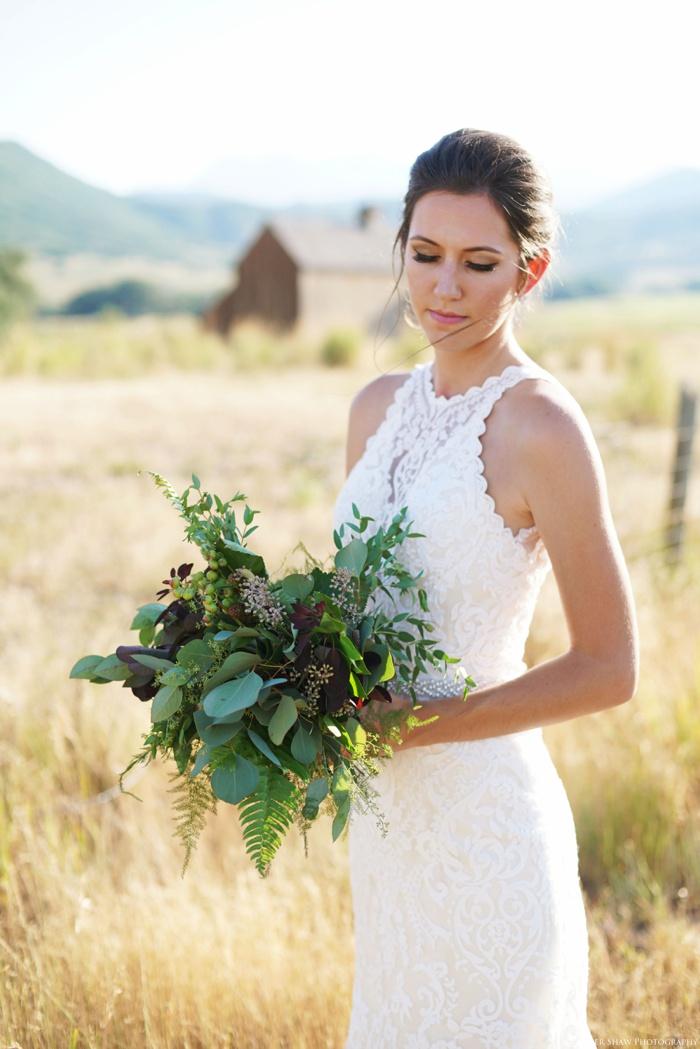 Barn_Nature_Bridal_Groomal_First_Look_Utah_Wedding_Photographer_0022.jpg