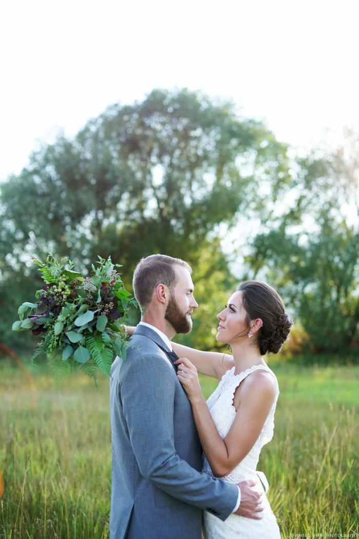 Barn_Nature_Bridal_Groomal_First_Look_Utah_Wedding_Photographer_0028.jpg