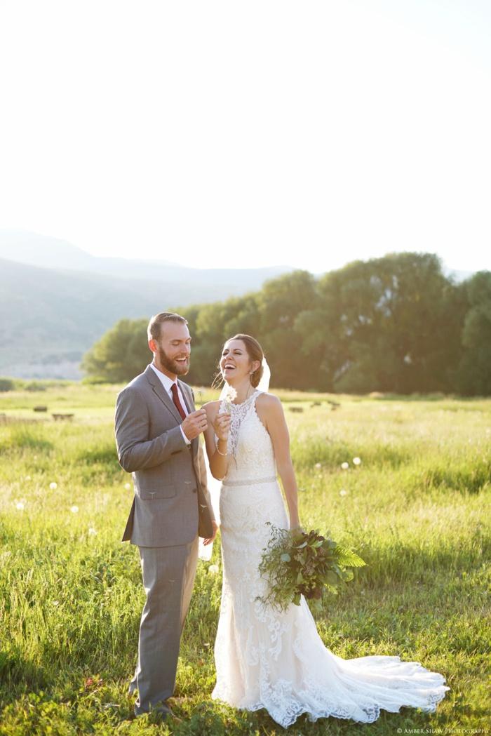 Barn_Nature_Bridal_Groomal_First_Look_Utah_Wedding_Photographer_0038.jpg