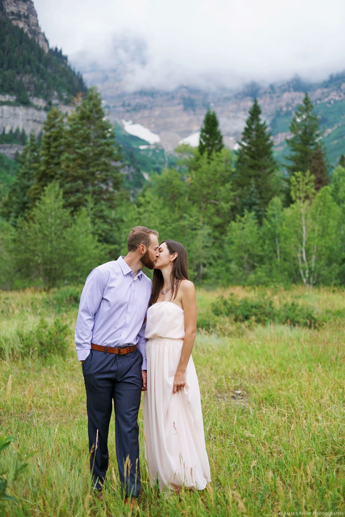 Summer_Mountain_Engagement_Look_Utah_Wedding_Photographer_0022.jpg