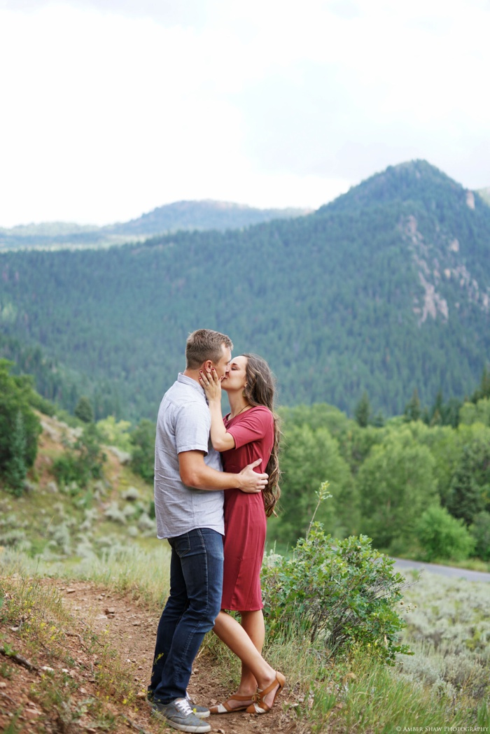 Summer_Mountain_Engagement_Look_Utah_Wedding_Photographer_0034.jpg
