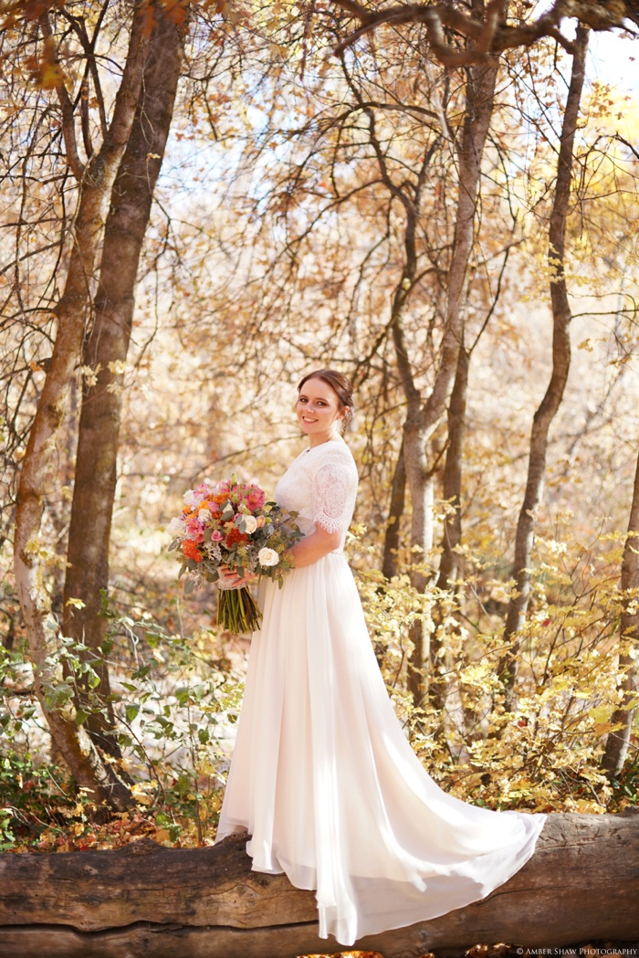 Fall_Payson_Temple_Utah_Wedding_Photographer_0011.jpg