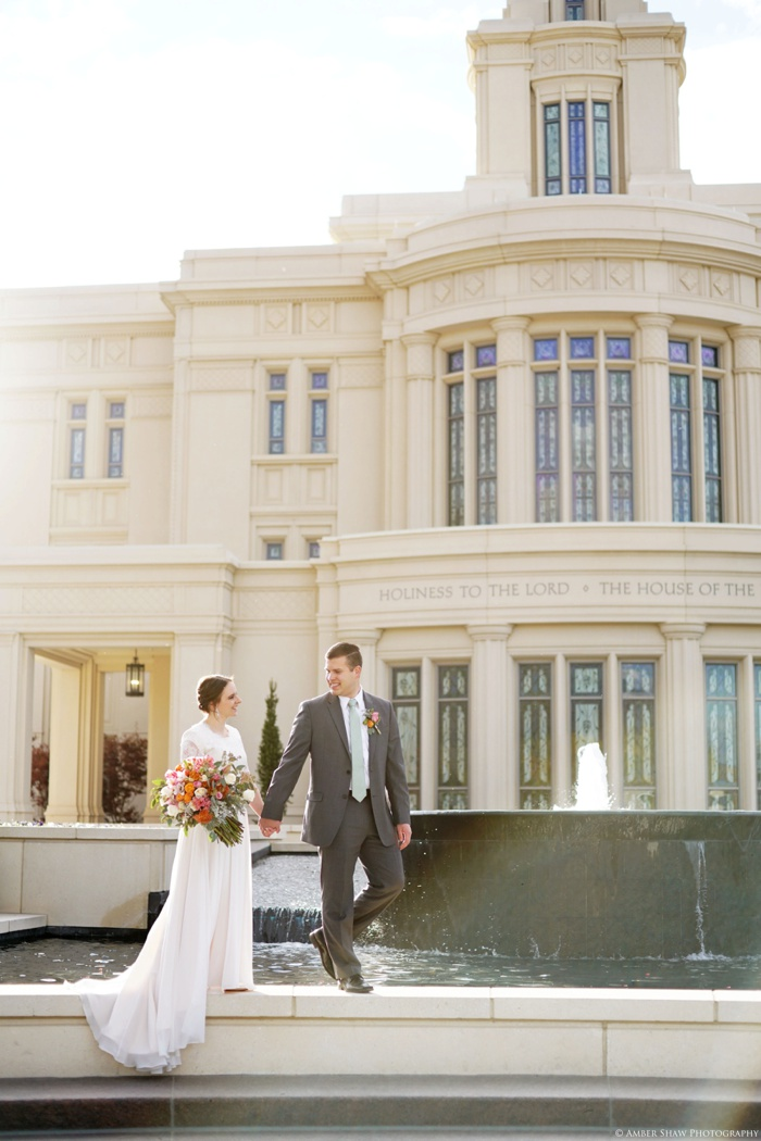 Fall_Payson_Temple_Utah_Wedding_Photographer_0032.jpg