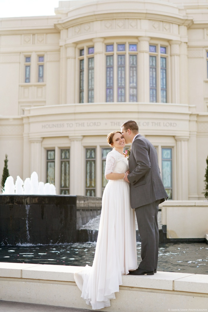 Fall_Payson_Temple_Utah_Wedding_Photographer_0035.jpg