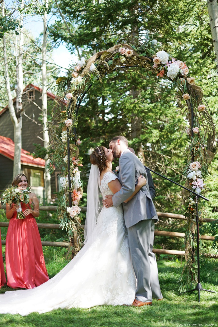 Silver_Fork_Lodge_Utah_Wedding_Photographer_0044.jpg
