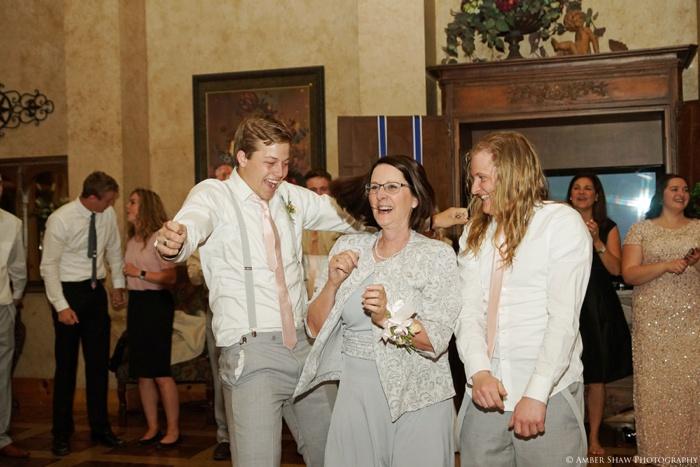 Spring_Salt_Lake_Temple_Heritage_Gardens_Wedding_Utah_Photographer_0132.jpg