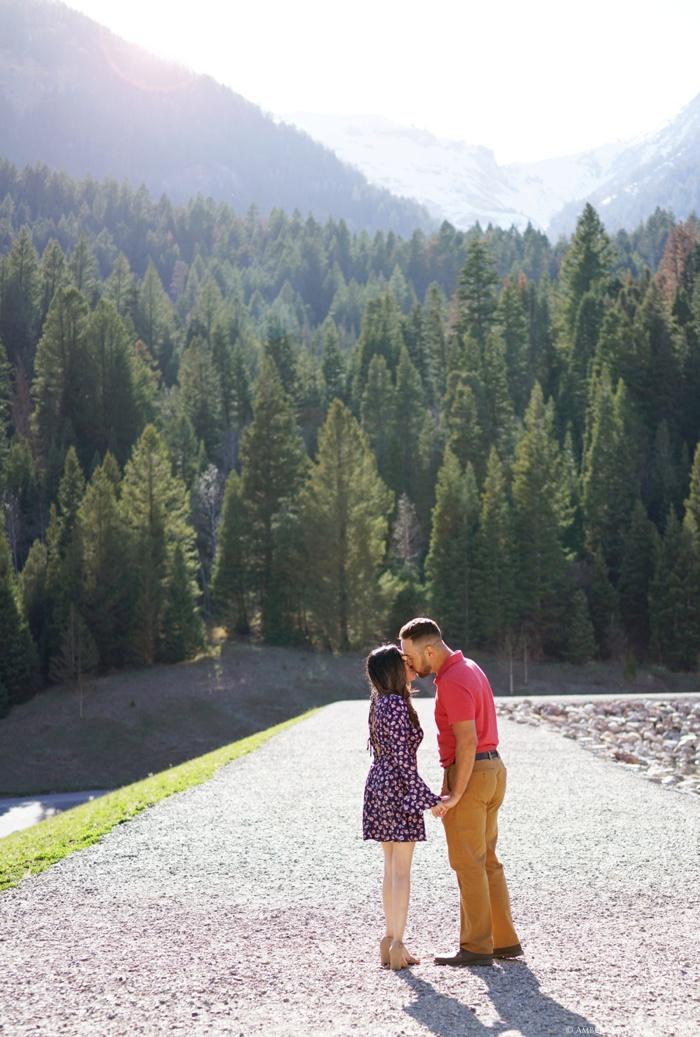 Tibblefork_Engagement_Session_Utah_Wedding_Photographer_0014.jpg