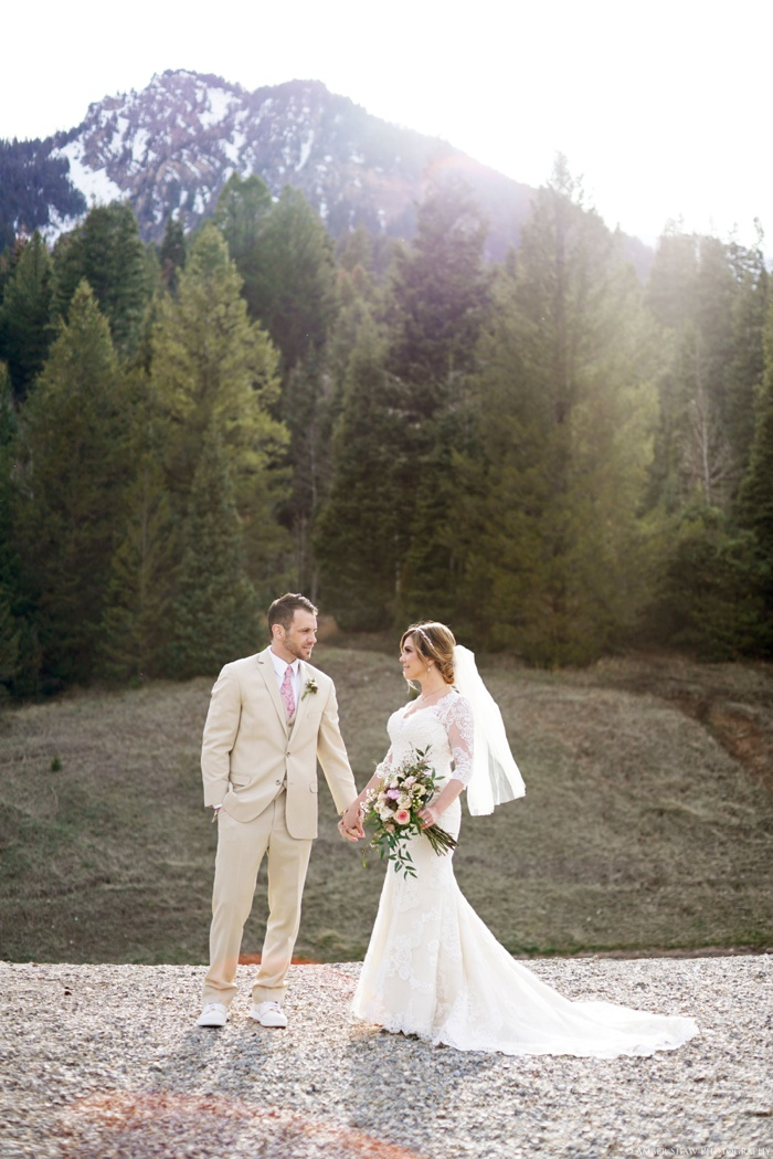Tibblefork_Bridal_Groomal_Session_Utah_Wedding_Photographer_0011.jpg