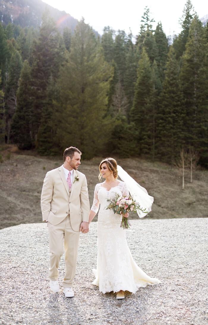 Tibblefork_Bridal_Groomal_Session_Utah_Wedding_Photographer_0012.jpg