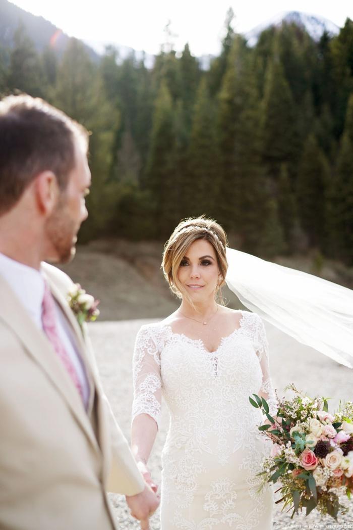 Tibblefork_Bridal_Groomal_Session_Utah_Wedding_Photographer_0014.jpg