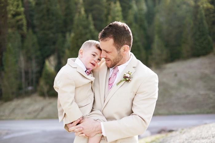 Tibblefork_Bridal_Groomal_Session_Utah_Wedding_Photographer_0022.jpg