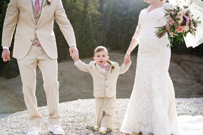 Tibblefork_Bridal_Groomal_Session_Utah_Wedding_Photographer_0023.jpg