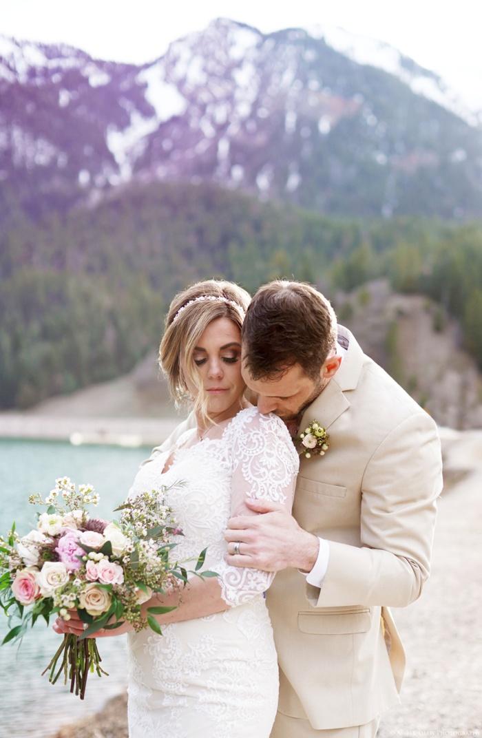 Tibblefork_Bridal_Groomal_Session_Utah_Wedding_Photographer_0035.jpg