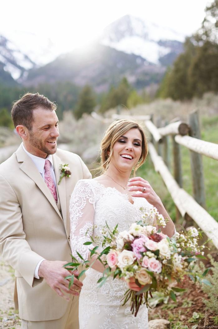 Tibblefork_Bridal_Groomal_Session_Utah_Wedding_Photographer_0041.jpg