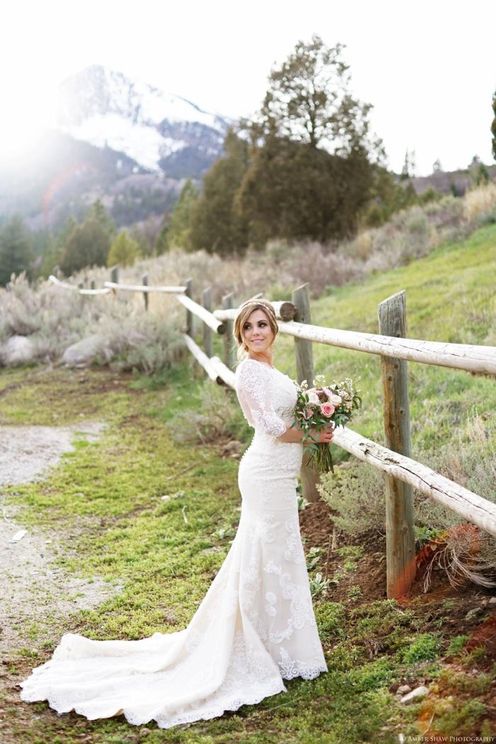 Tibblefork_Bridal_Groomal_Session_Utah_Wedding_Photographer_0040.jpg
