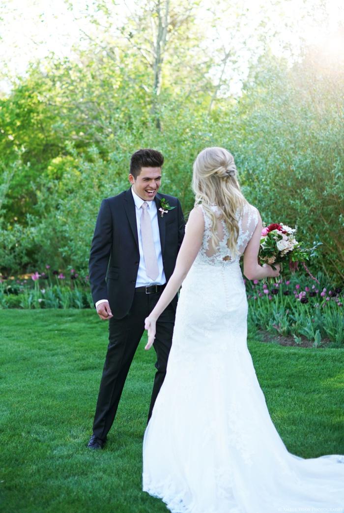 Thanksgiving_Point_Bridal_Groomal_Session_Utah_Wedding_Photographer_0002.jpg