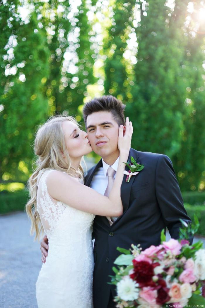 Thanksgiving_Point_Bridal_Groomal_Session_Utah_Wedding_Photographer_0019.jpg