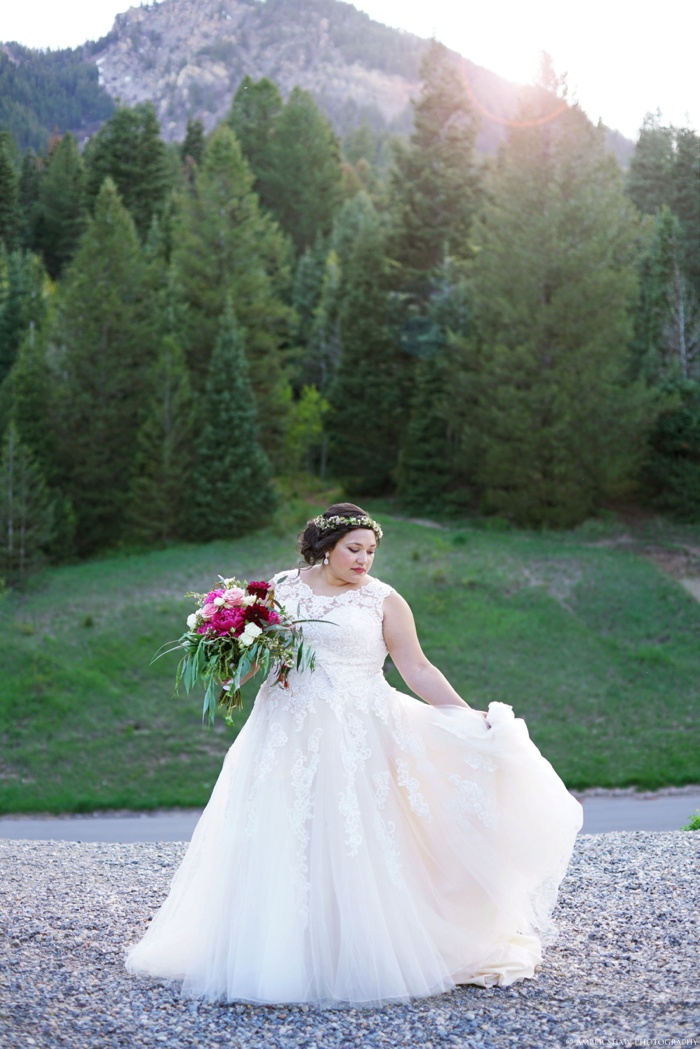 Tibblefork_Bridal_Session_Utah_Wedding_Photographer_0002.jpg
